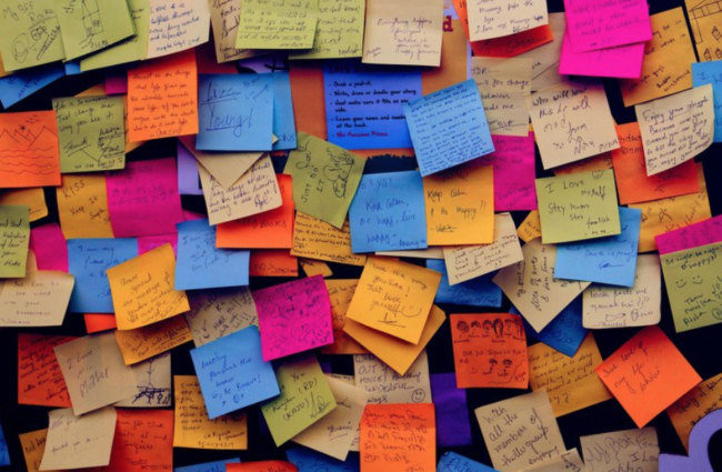 sticky note wall