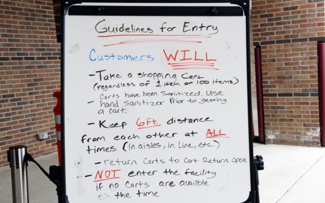 Rules for entering a grocery store with Social Distancing during COVID-19